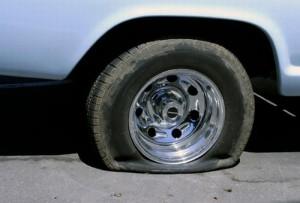 flat tire ยางแบน